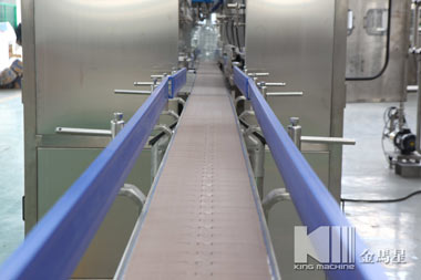automatic-liner-washing-filling-capping-machine-10