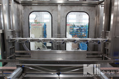 automatic-liner-washing-filling-capping-machine-7